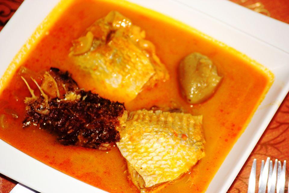 poisson sauce claire une recette ivoirienne recettes de cuisine africaine. Black Bedroom Furniture Sets. Home Design Ideas