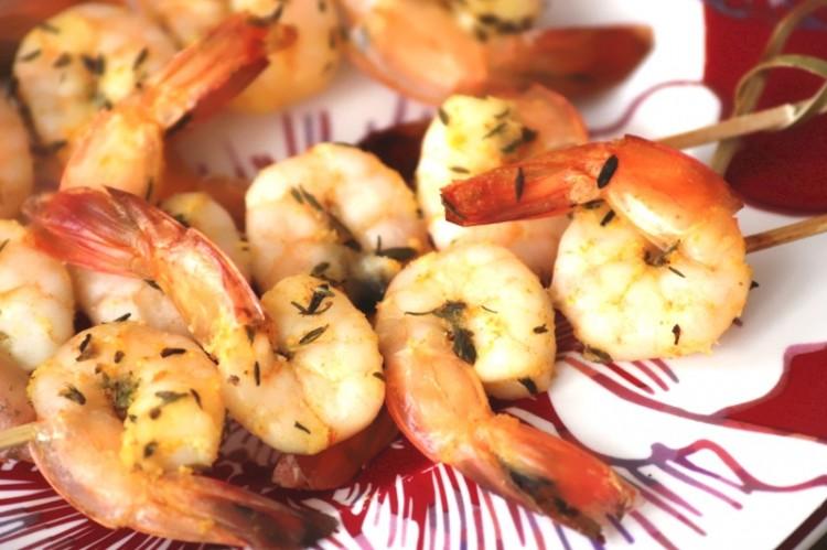 Brochettes de crevettes thym et orange