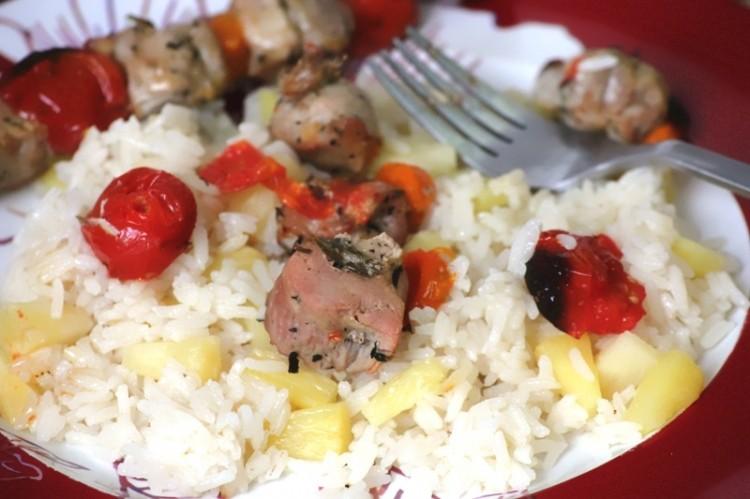 brochettes de porc et riz à l'ananas (19)