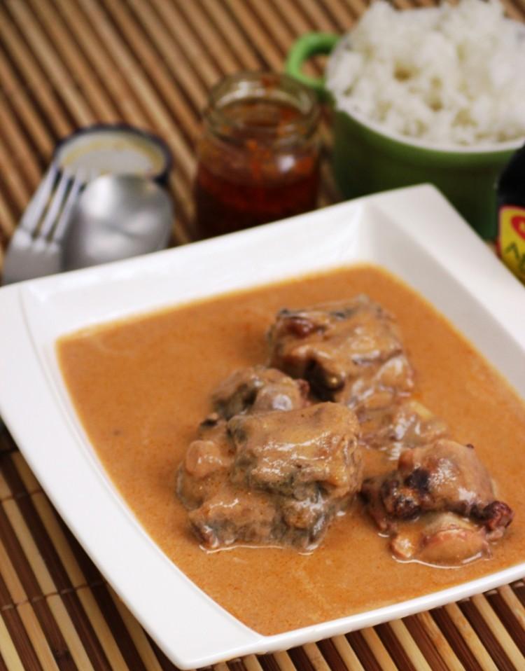 boeuf à la sauce d'arachides (14)