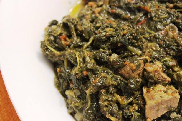Epinards saut s au boeuf ou gboma dessi recette - Cuisine africaine camerounaise ...