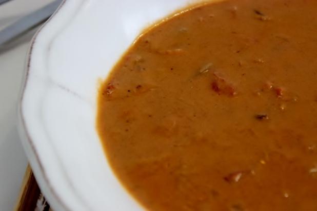 Sauce d'arachides au harengs fumés (bifaka)