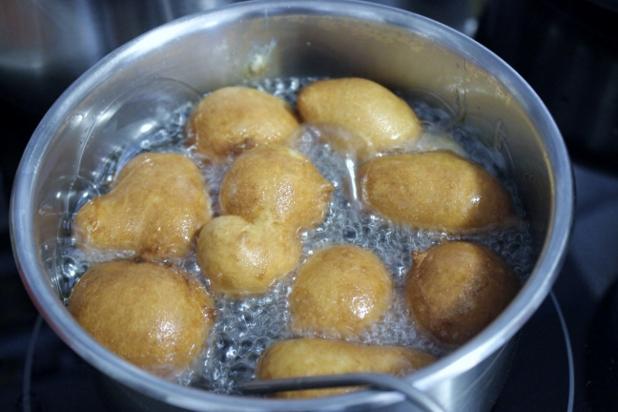 beignets de farine aux oeufs