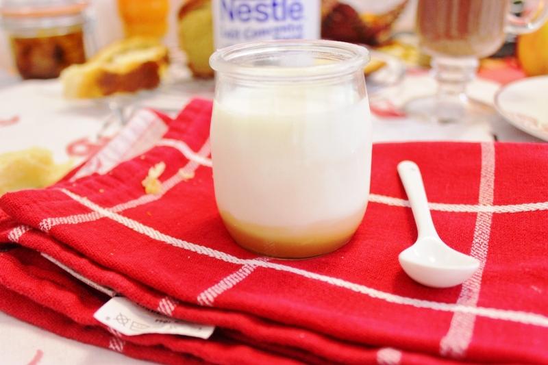 yaourt-à-la-confiture-de-lait