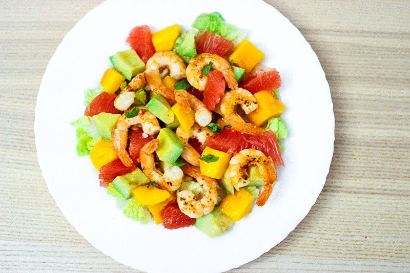 Salade de crevettes à la Mangue & Pamplemousse